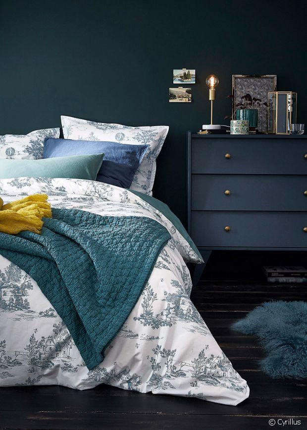cyrillus passe l 39 heure d 39 hiver. Black Bedroom Furniture Sets. Home Design Ideas