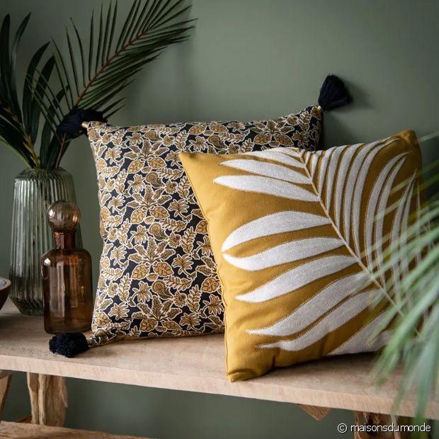 Ambiance tropicale assurée avec ces beaux coussins Maisons du Monde