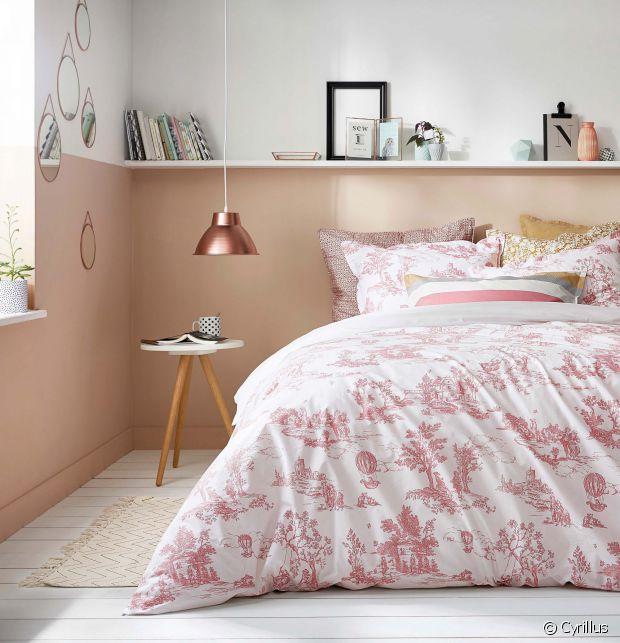 Miroir, luminaire, linge de lit... On aime tout !
