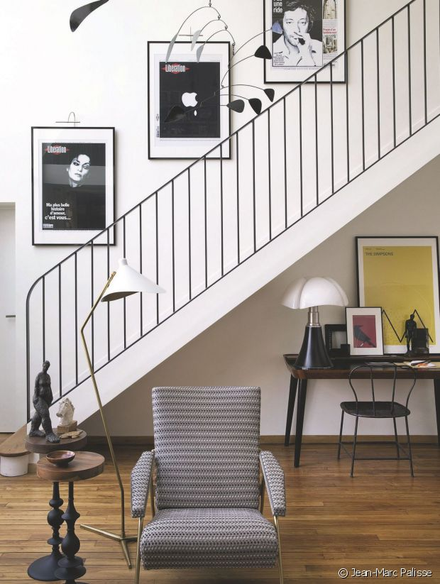 petite merveille en guise de lampe de bureau with imitation lampe pipistrello. Black Bedroom Furniture Sets. Home Design Ideas