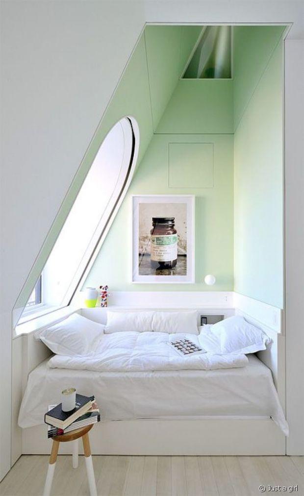 Le vert pastel adoucie l'espace.
