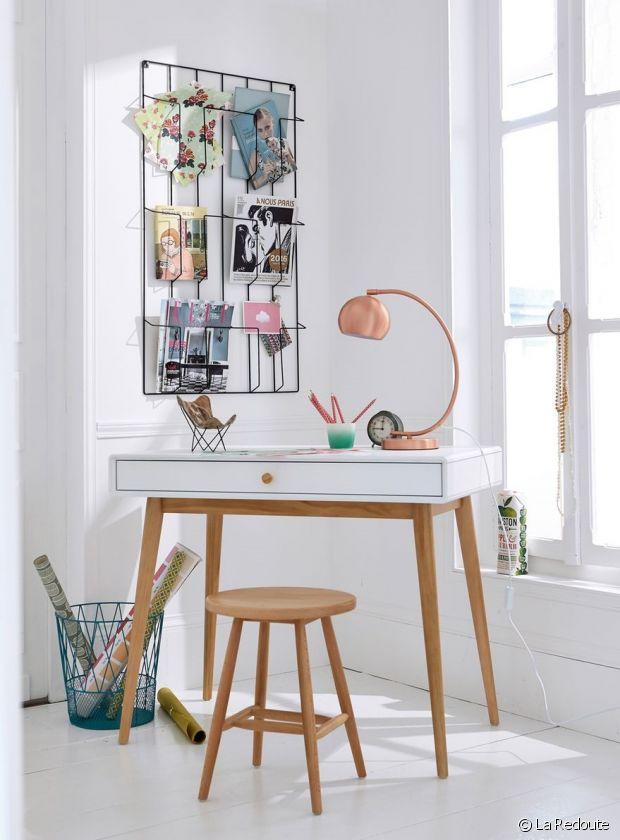 un porte revue tendance pour styliser le s jour. Black Bedroom Furniture Sets. Home Design Ideas