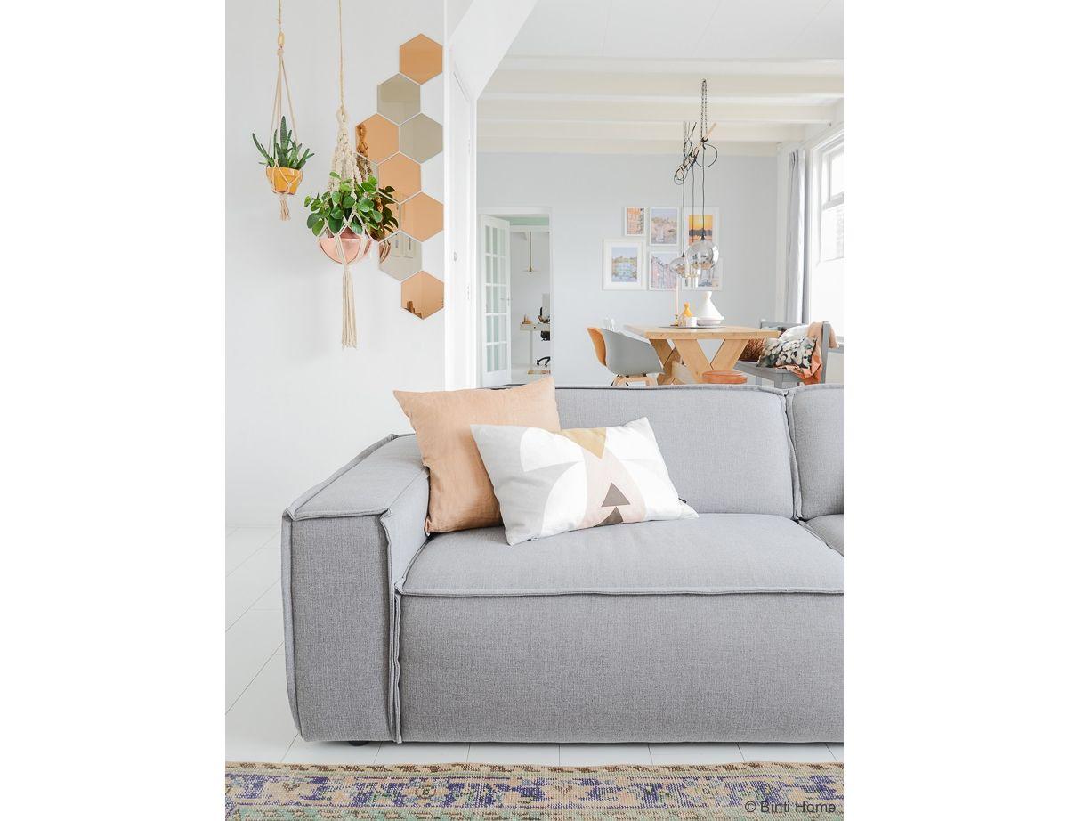 Comment Nettoyer Un Canapé En Cuir Gris Clair comment accessoiriser un canapé gris ? - 31m2