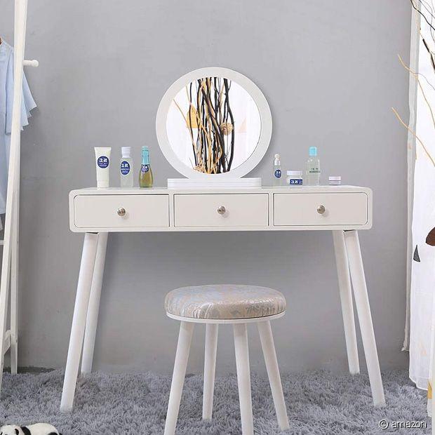 Avec ce modèle blanc, votre chambre reste lumineuse et épurée