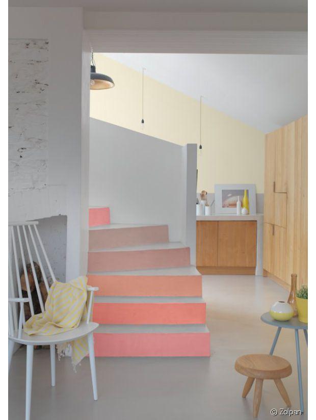 De quelle couleur peindre mon escalier for Quelle couleur pour une entree avec escalier