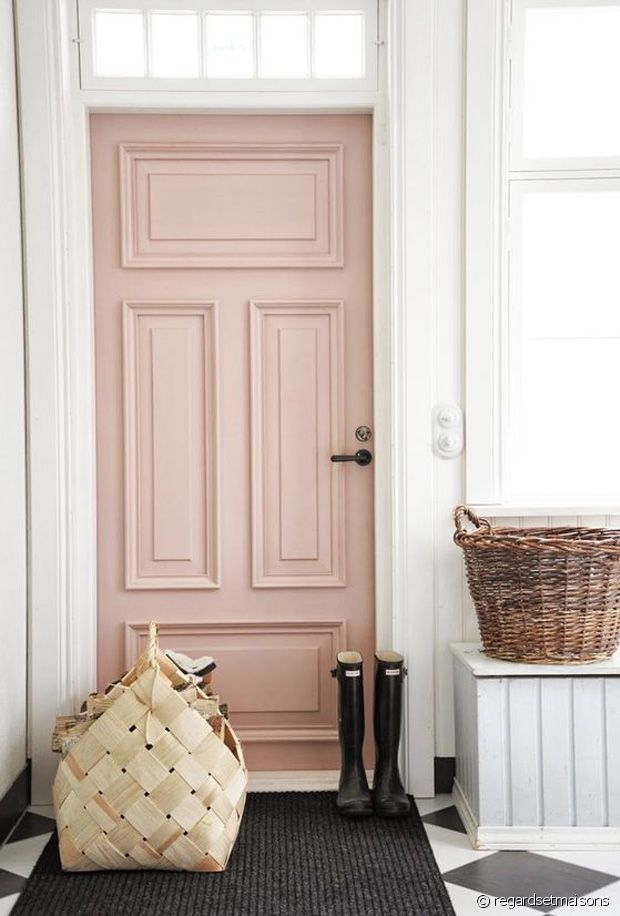 Porte colorée : mode d'emploi pour une décoration fantaisie